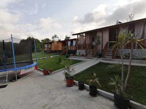 Villa and caravans Kolevi