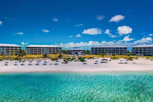 East Bay Resort – All Beachfront Suites