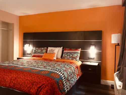 Tropical Inn & Suites