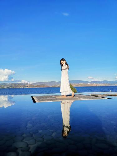 Dali Yifang Qingchen Lake View Holiday Hotel