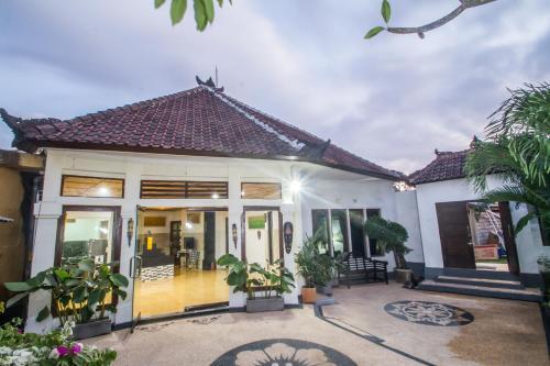 Bona Green House Bali