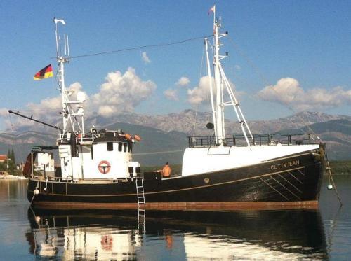 Boat MS Cutty Jean