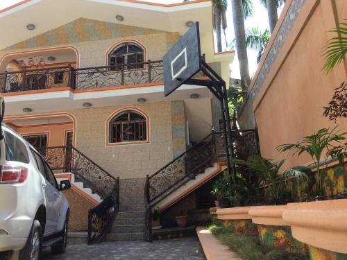 Maison Lezin