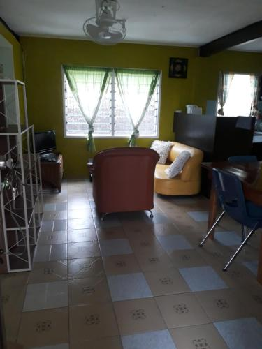Vavaea Ridge Apartment