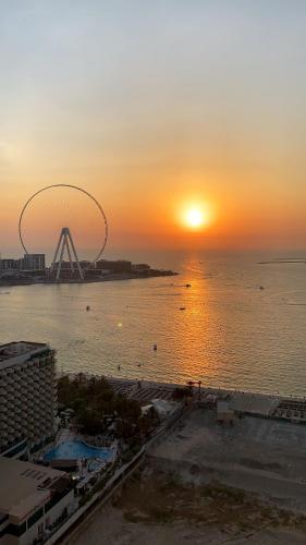 California Hostel Dubai Beach