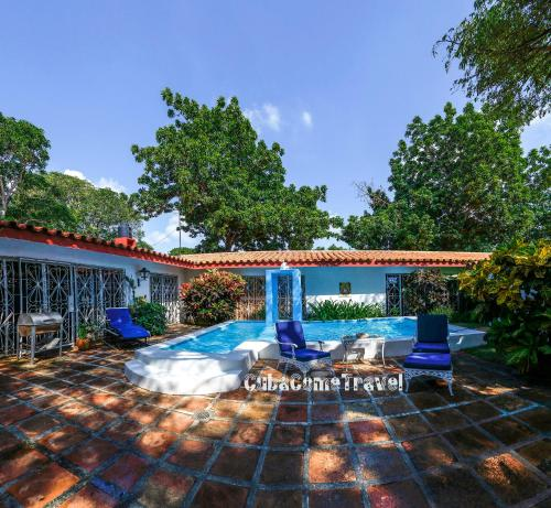 Luxurious Villa la Ceiba