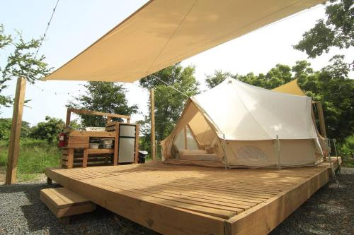 Pitahaya Glamping - 1 Queen + 2 twin