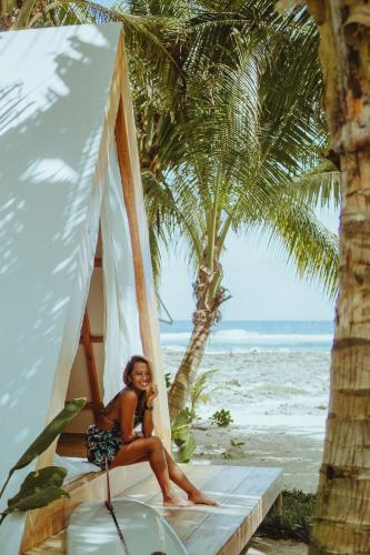 Lampara Siargao Boutique Hostel