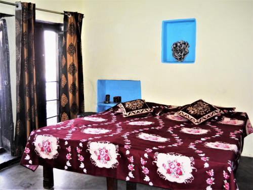 Shiva lodge