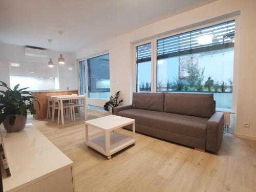 Best Location Apartments Free Parking