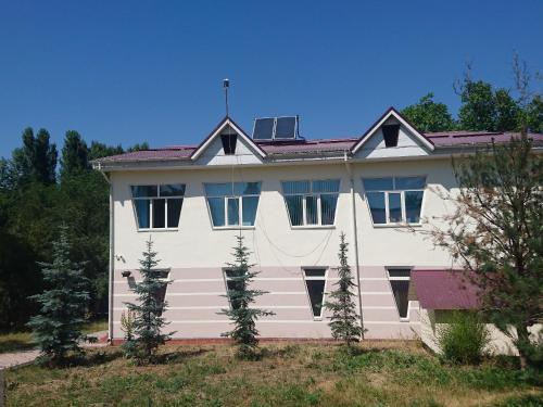 Гостиница Базы отдыха ''Форель'' (с. Таш-Добо (бывш. с. Воронцовка, 24 км от Бишкека)