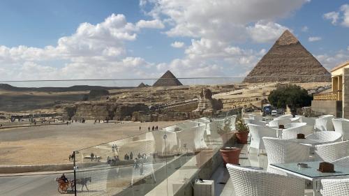 Queen Pyramids Cleopatra