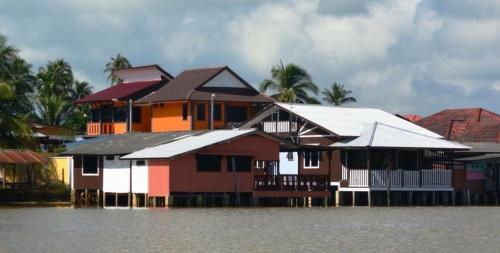 Maena Water Chalets