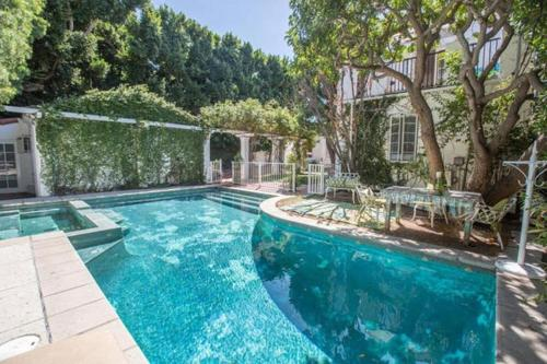 Beverly Hills Celebrity Home