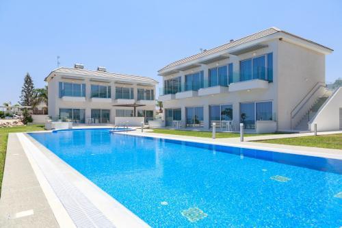 Ocean Suites Luxury Apartments
