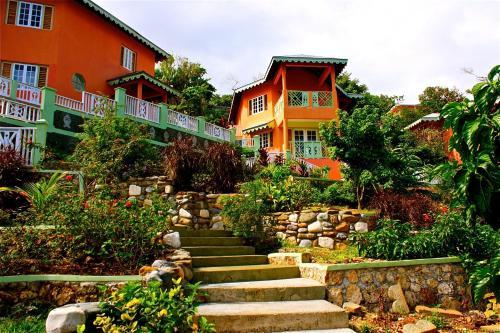 Pimento Lodge Resort
