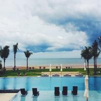 Huahin Beach Luxury Condo Soi 105
