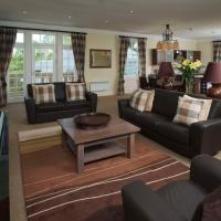 Cameron Club Two Bedroom Mansion House Apartment L108