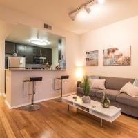 Popular large 2 bedroom apt. in the Heart of Hollywood