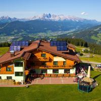 Berggasthof Latschenhof, hotelli kohteessa Flachau
