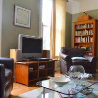 Charming 2-Bedroom Flat with Roof Terrace - Camden