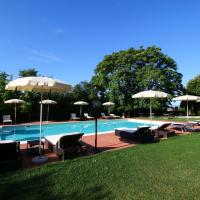 Modern Cottage in Colonnella with Pool
