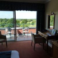 London Beach Country Hotel, Golf Club & Spa
