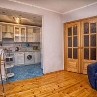3-bedroom studio on Nikolaeva 36A
