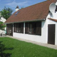 Cozy cottage with terrace in the surroundings of De Panne