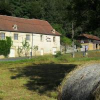 Le Village Des Glycines