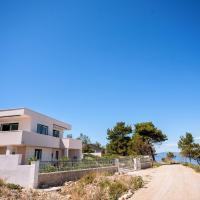 House , Seafront Apartment Pelegrin
