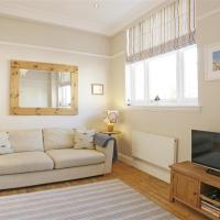 Delightful holiday home in Southwold with Garden