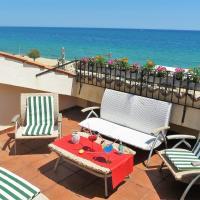 Yolanda Seaview & Beach Apartment