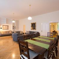 Central 145sqm-Apartment