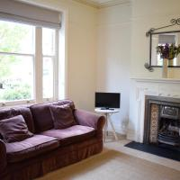 Charming 2-Bed Apartment near Hammersmith