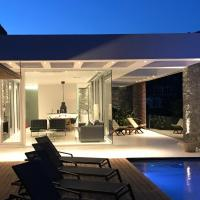 A - Luxury Villas, hotel in Plomari