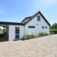 Luxury Holiday Home in Oostvoorne by the Lake
