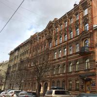 Apartment on Chaykovskogo Street