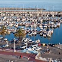 Candela's Beach Port