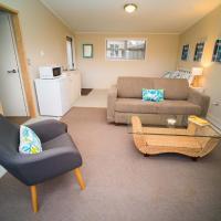 Palm Grove Studio apartment