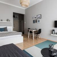 Revay 2 Apartment
