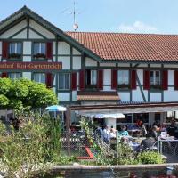 Hotel Restaurant Koi-Gartenteich