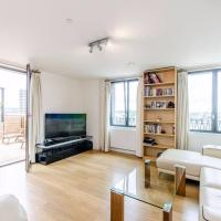 Stunning 2-Bed Flat w/ Terrace Next to Kings Cross