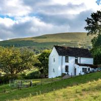 Beautiful Holiday home in Brecon with Fireplace