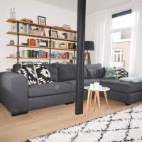 Stylish & Bright apartment in the buzzing De Pijp district.
