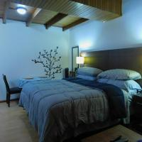 Modern Studio Loft Apt King Bed 10 min frm airport