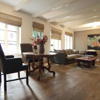Fantastic old city centre apartment