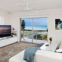 Stylish 3 Bedroom Beachview Apartment