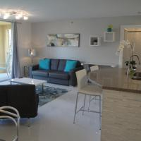 The Silver Apartment at the Yacht Club of Aventura