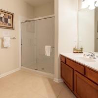 4114 Two Bedrooms Condo